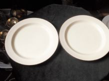 "2 X VINTAGE HOTEL WARE STEELITE SALAD PLATES 9"" CREAMY WITH BROWN RIM"